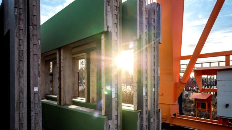 PARMA Green -hiilipäästöleikkuri iski seinäelementteihin